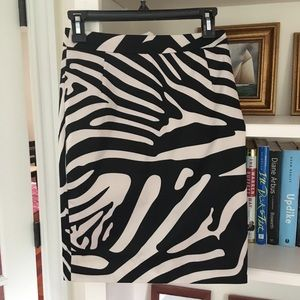 EUC H&M Zebra Print Pencil Skirt - size 4